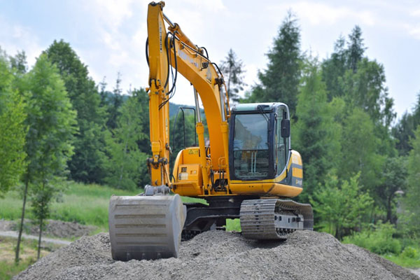 Excavating & Earth Moving Contractors